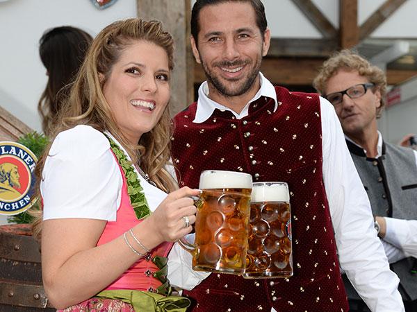 fc-bayern-oktoberfest-claudio-pizarro-fotocredit-schneiderpress