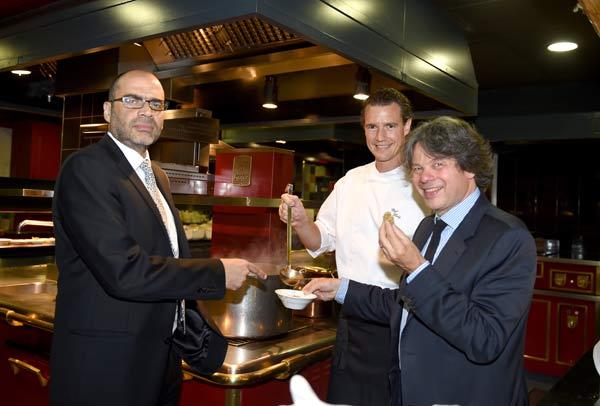 Coole Food-Party: Feinkost Käfer celebrates Israel
