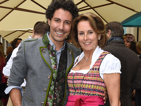 tiffany-wiesn-fotocrdeit-schneiderpress