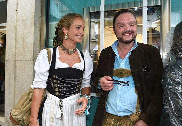 tiffany-wiesn-fotocredit-schneiderpress
