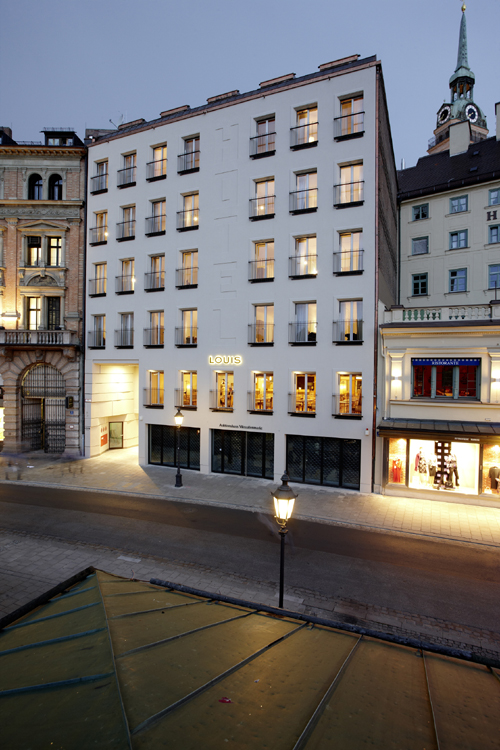 hot spot am viktualienmarkt mit rooftop bar boutique hotel louis. Black Bedroom Furniture Sets. Home Design Ideas