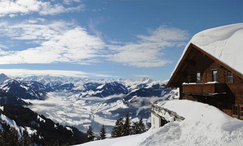 Ski Heil und Kitzbühel zieht die Prominenz an