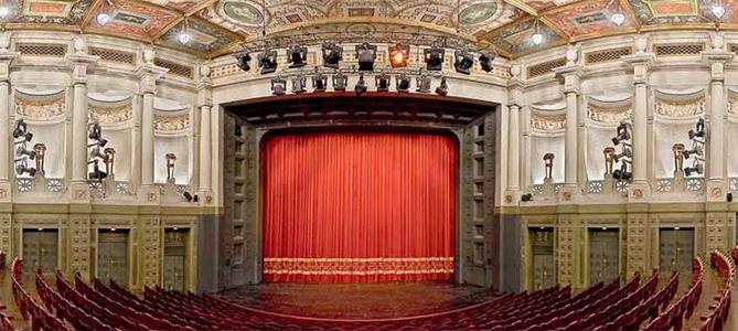 Der Bayerische Filmpreis 2010 geht heute an …