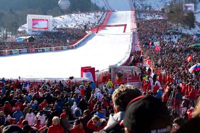 Kitzbühel Hahnenkamm Rennen – Cuche gewinnt Abfahrt + Super G, Felix Neureuther gewinnt Slalom