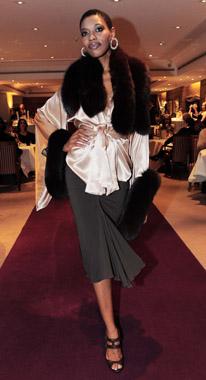 Münchner Juwelen + Schweizer Bank + edle Mode = Exklusive Salonshow 'Ladies First'