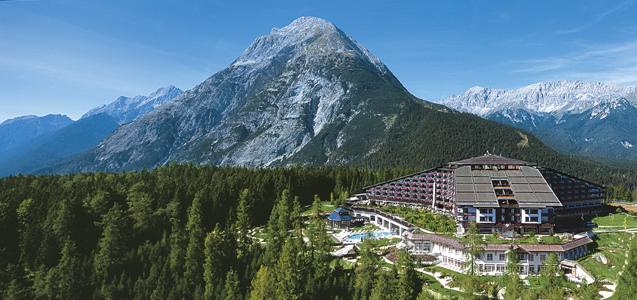 Luxushotel in den Tiroler Bergen: Interalpen Tyrol feiert 25-jähriges Jubiläum