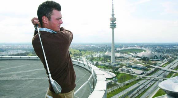 Martin Kaymer unterrichtet Nachwuchsgolfer auf dem Münchner Marienhof