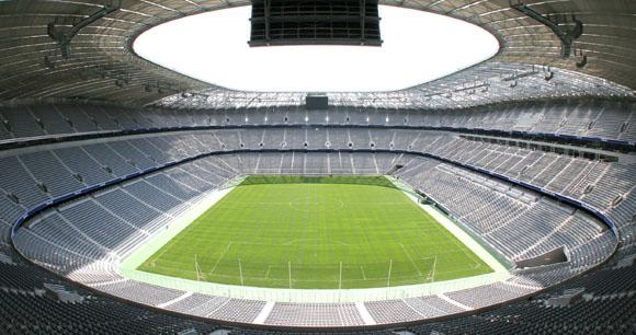 Münchner Golfwoche mit Players Night im Ehrengastbereich der Allianz Arena