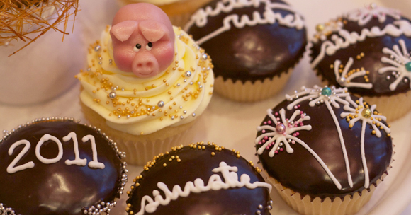 Münchens 1. Cupcake Cafe mit Silvester-Champagner-Kollektion