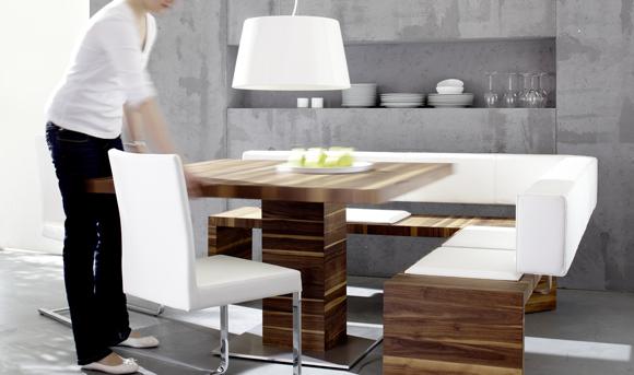 Interior Innovation Award 2011 geht an einen Tisch aus der Schulte Design Möbelmanufaktur