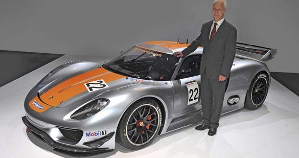 Weltpremiere des Porsche 918 RSR in Detroit