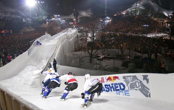 Ice Cross Downhill Weltmeisterschafts-Auftakt 2011 im Münchner Olympiastadion