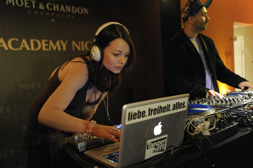 Cosima Shiva Hagen: DJane Cosmic Sista zur 1. Moët & Chandon Academy Night