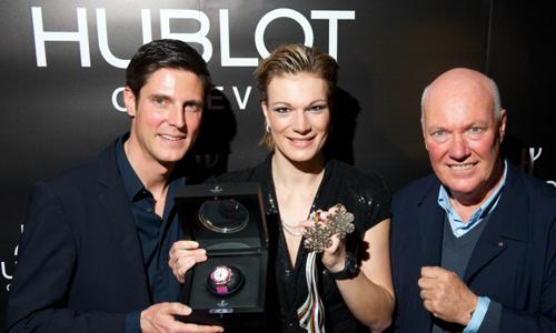 Maria Riesch gewinnt Bronze in der Abfahrt und wird Botschafter von Hublot