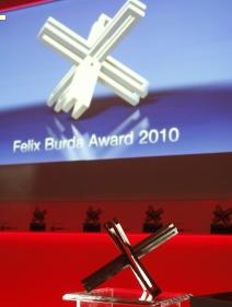 Burda-Award Gala 2011: Präventionspreis für Einsatz in punkto Darmkrebsvorsorge