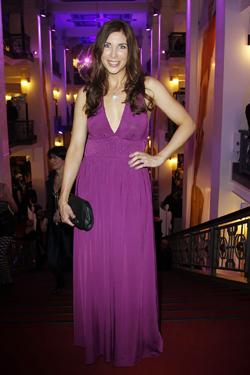 Buy my dress-Charity: Am 1. Juni 2011 startet der Verkauf