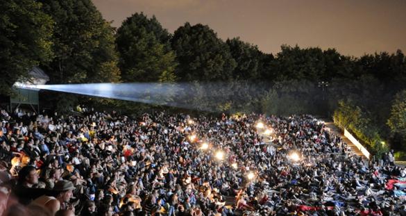 70 Nächte großes Kino: Münchens traditionsreiches Open-Air-Vergnügen startet im Westpark