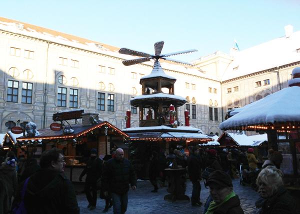 weihnachtsmarkt-residenz