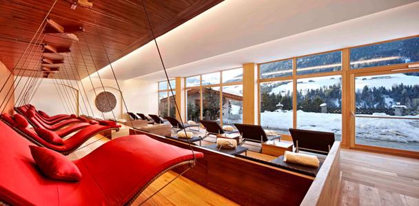 wellness hotel alpbacherhof 132 km von m nchen exklusiv m nchen szene society shopping. Black Bedroom Furniture Sets. Home Design Ideas
