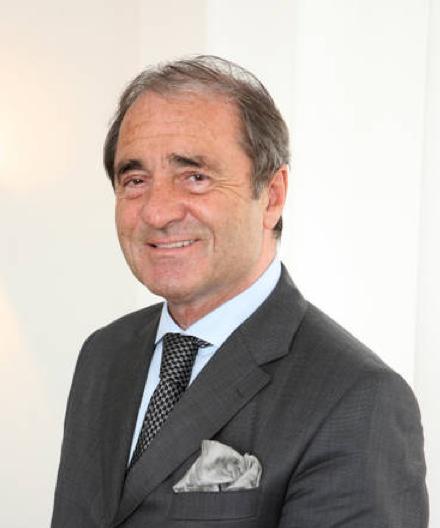 Deutschland Grandseigneur der Parfümerien: Frank Schnitzler im Porträt