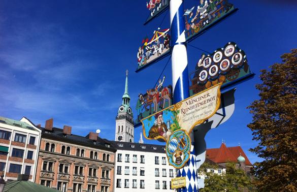 Erste Brunniade am Viktualienmarkt: Bayerische Autoren lesen an drei Brunnen