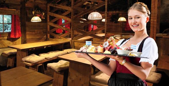 Almhütte München: Gewinnen Sie mit uns einen urigen Hüttenabend