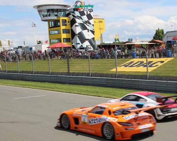 Sachsenring: Mit dem Privat-Auto auf Deutschlands populärste Rennstrecke