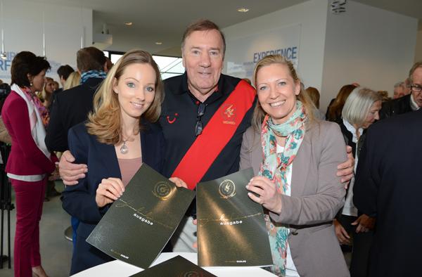 Eagles Charity Golf Club feiert Jubiläums-Magazin in BMW Driving Academy