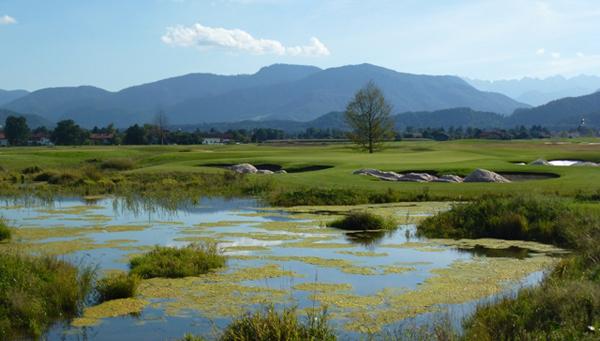Rosenheimer Golfwoche startet im neuen Golfresort Achental