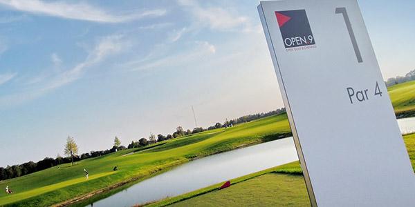 Münchens jüngster Golfplatz OPEN.9: Familientag mit den besten dt. Golfprofis am 3.10.