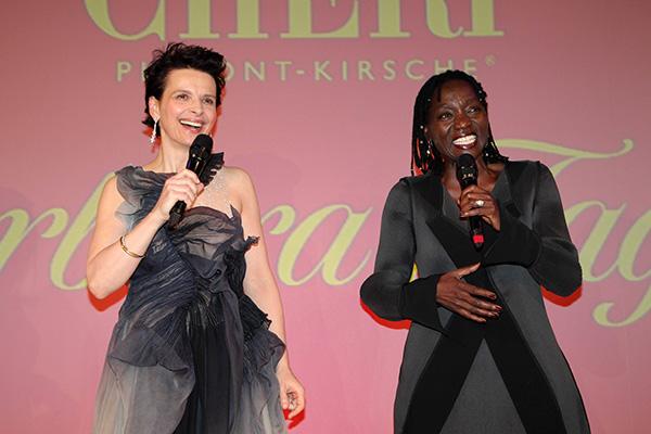 Kirschzweige für den guten Zweck: 'Mon Chéri Barbara Tag'