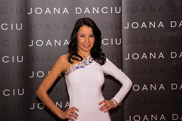 Aufstylen war Pflicht! Mode-Designerin Joana Danciu lud zur Overdressed-Party!