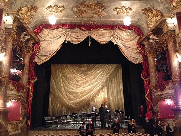Mozart+: Standing Ovations für die Junge Münchner Philharmonie