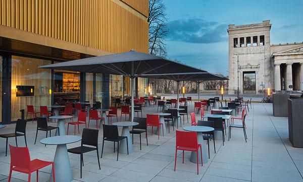 Restaurants mit Sonnenterrassen: Ella im Lenbachhaus