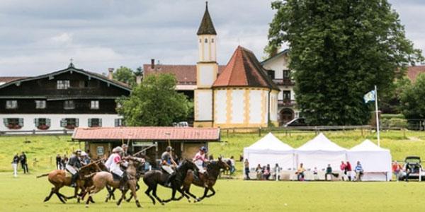 Bavarian Polo Alpen Cup 2014: Maserati setzt auf Polo-Pferdestärken