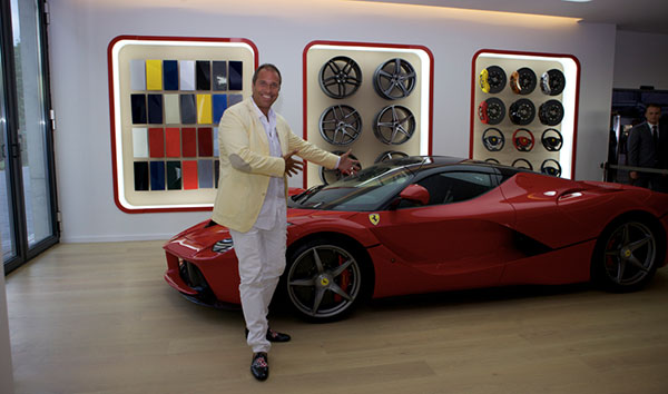 ferrari saggio grand opening red carpet f r die ps boliden. Black Bedroom Furniture Sets. Home Design Ideas