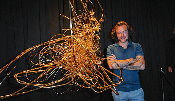 Arne Quinze: Millionenschweres Kunstwerk aus Gold