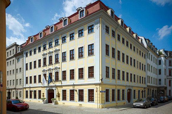 Bülow Residenz: Erste Adresse für ein Dresden-Wochenende (auch mit Golf!)