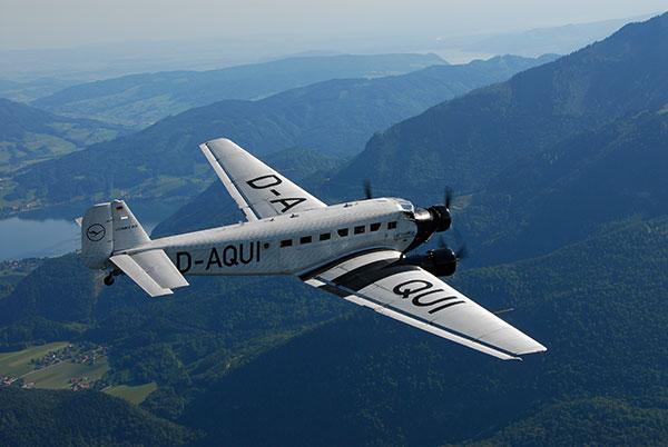 Nostalgietrip mit der Lufthansa Ju52: Rundflüge über München und Bayern