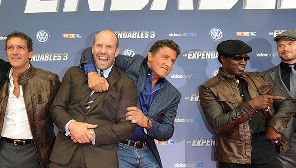 'The Expendables 3′ Premiere: Stallone, Banderas, Podolski und Co. zeigen ihre Muckis