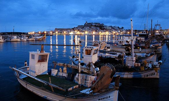 Love, Peace und Promis auf Ibiza: Warum die Insel immer hipper wird!