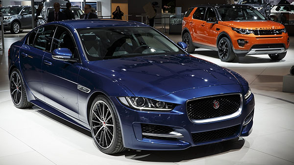 Jaguar-XE-Land-Rover-Discovery-Sport