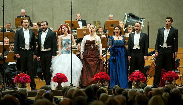 Privatkonzert für Privatklinik: Arien-Matinée der Opernstars von morgen