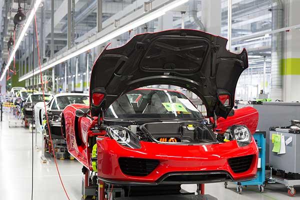 Porsche 918 Spyder: Super-Manufaktur für Super-Sportwagen