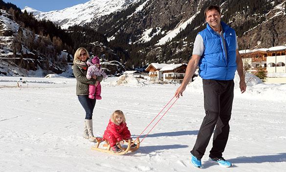 Reiseziele der Sport-Prominenz: Olympiasportler und Let's Dance-Star Lars Riedel urlaubt in Südtirol