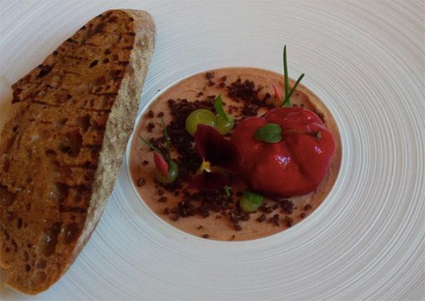 Neuer Gastro Hotspot im 'Vier Jahreszeiten Kempinski': Restaurant Schwarzreiter