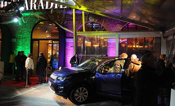 PS & Feinkost: Power-Premiere des Land Rover 'Discovery' im Frische-Paradies
