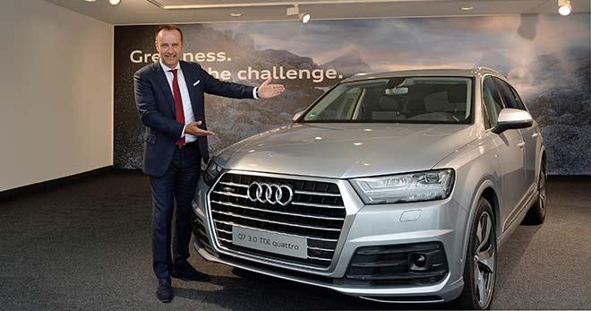 Audi-Auto-Testdrive am Flughafen München: Neuer Audi Q7