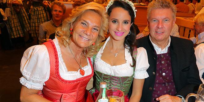 Susanne Porsche lud zum Oktoberfest Stammtisch