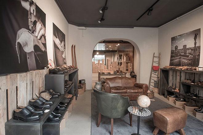 Exklusive Velasca Schuhboutique in Schwabing: Handgefertigte Schuhe aus Italien